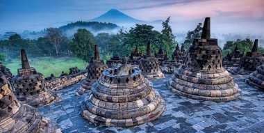 Borobudur Situs Warisan Dunia Paling Dikagumkan di Asia Tenggara