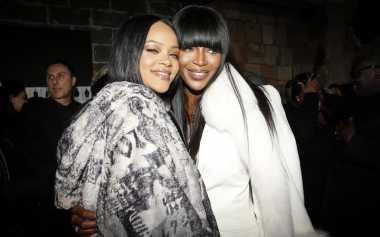 Rihanna Rilis 'Fenty X Puma' di NY Fashion Week