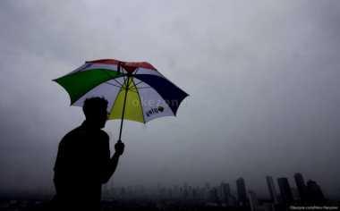 Hari Valentine, Jakarta Diguyur Hujan