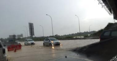 Banjir di Tol Cikampek Pertama Kali Terjadi