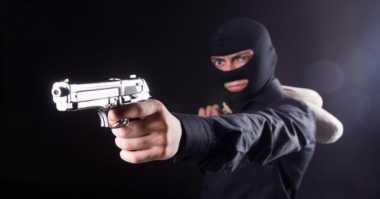 Ngaku Polisi Polda, Oknum Polsek Mampang Peras Korban