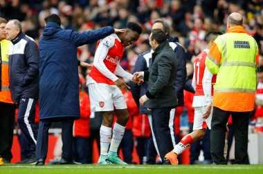Dramatis, Arsenal Tekuk 10 Pemain Leicester