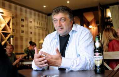 Legenda Sepakbola Bulgaria Tutup Usia