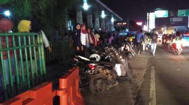 Demo Angkot di Bogor, Ratusan Penumpang Masih Terlantar