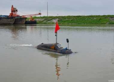 Bermodal Rp10 juta, Pria China Buat Kapal Selam Sederhana