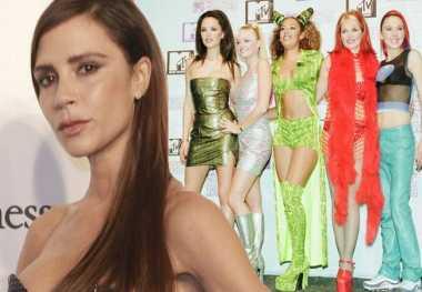 Victoria Beckham Tak Pernah Nyaman Bersama Spice Girls