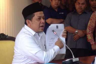 Fahri Hamzah Laporkan Petinggi PKS ke MKD