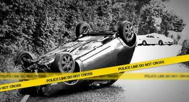 Oleng, Mobil Pikap Tabrak Pagar Pura Togog di Desa Wanagiri