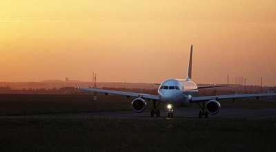 Gila! Tiket Pesawat ke Luar Negeri Pulang Pergi Rp600 Ribu