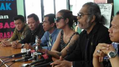 TERHEBOH: Sheila Marcia Emosi Suami Bilang Cuma Pukul Sekali
