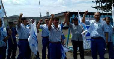 Ratusan Buruh Kota Bogor Siap Berangkat ke Jakarta