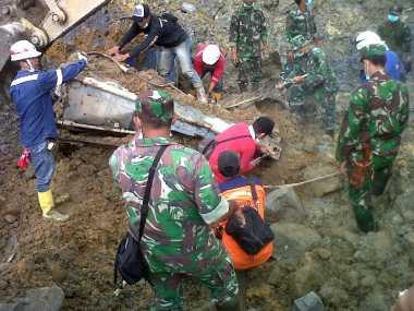 Kontainer Tempat Tinggal Korban Longsor Lebong Ditemukan