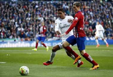 Varane Akan Tetap Bersama Madrid