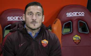 Enrique Tertarik Boyong Totti ke Barca