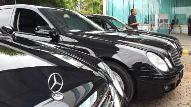 Tiga Keuntungan Membeli Mercy Bekas Taksi