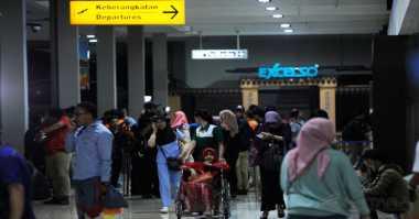 Nenek Korban Penyanderaan Datangi Bandara Halim