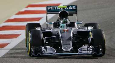 Mercedes Dibuntuti Ferrari