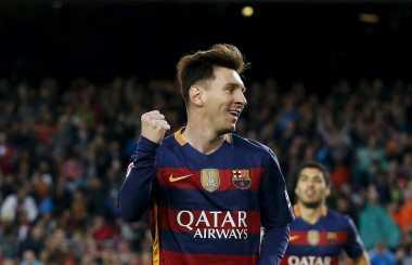 Messi Kembali Kalahkan Ronaldo