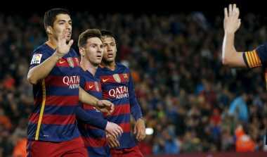 """Messi """"Pelayan"""" Sejati Suarez"""