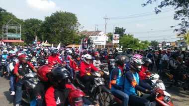 Ribuan Buruh Mojokerto Mulai Bergerak ke Surabaya