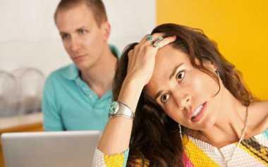 Begini Cara Tepat Hadapi Suami Emosional
