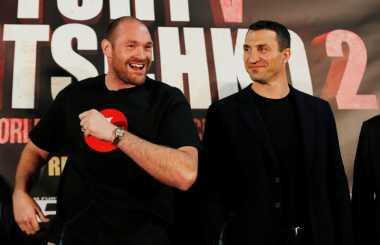 Tyron Fury Akan Pensiun Usai Rematch Kontra Klitschko