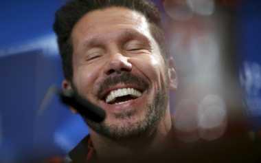 Legenda Pesimis Simeone Bakal Besut Inter