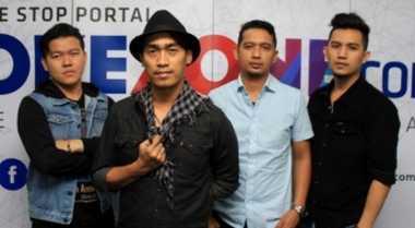 Dide 'Hijau Daun' Ungkap Kesibukan di Luar Band