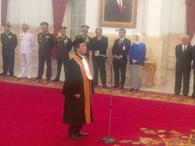 Jokowi Saksikan Sumpah Jabatan Wakil Ketua MA