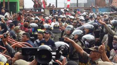 Satpol PP Korban Amukan di Luar Batang Lapor Polisi