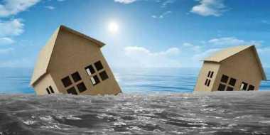 Tergerus Air Sungai, 30 Rumah di Bengkulu Nyaris Ambruk