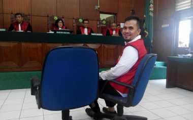 TERHEBOH: Saipul Jamil Bantah Dakwaan Jaksa
