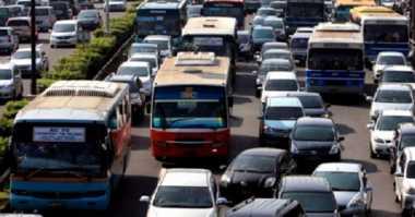 Terjebak Macet? Sampaikan Informasi Arus Kendaraan ke Redaksi Okezone