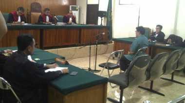 Terbukti Nyuap, Ricky Tampinongkol Divonis 2,5 Tahun Penjara