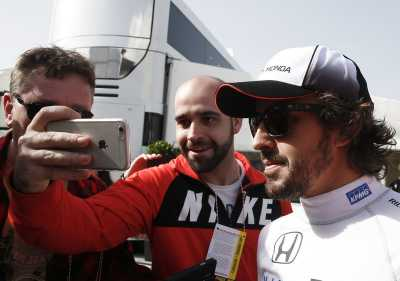 Alonso: Pembalap Harus Membahas Kecelakaan yang Kerap Terjadi.