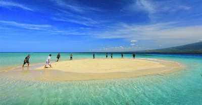 3 Pantai Gosong Pasir Terindah di Indonesia