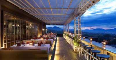 Berbagi Kegembiraan di Fa8oulous Anniversary GH Universal Hotel Bandung