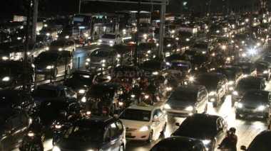 Liburan Panjang, Kepadatan Kendaraan Terjadi di Jawa Tengah