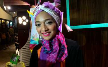 Chiki Fawzi Tutup Telinga Disebut 'Numpang Nama' Orangtua