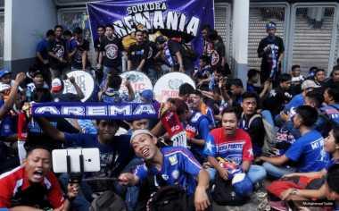 Aremania Takkan Adakan Tour di Madura