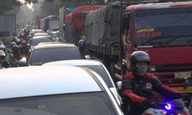 Jombang Macet Parah, Antrean Kendaraan Capai 10 Kilometer