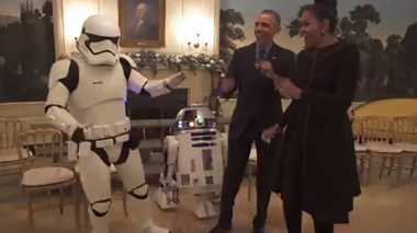 Star Wars Day, Obama Joget dengan Stormtroopers