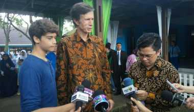 TERHEBOH: Syuting Bareng Harris J, Dubes AS untuk Indonesia Kian Populer