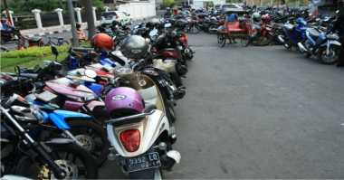 Timbulkan Kemacetan, Warga Klungkung Keluhkan Penataan Parkir RS Bintang