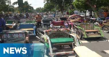 Penumpang Dijemput Mobil Dinas, Tukang Becak Blokir Jalan