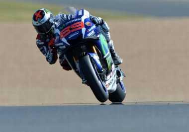 Lorenzo Jadi yang Tercepat di FP2