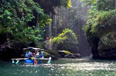 Green Canyon Ciamis Pas untuk Berlibur Long Weekend
