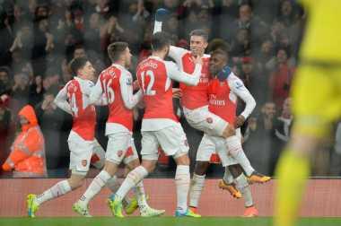 Arsenal Siap Tambah Derita Spurs