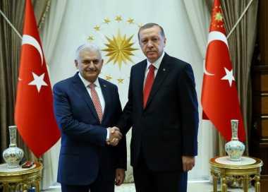 Kabinet Baru Turki Diumumkan, Menantu Erdogan Aman