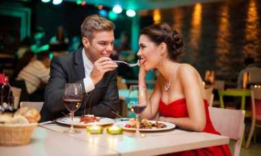 TOP FAMILY 2: Bertemu Mantan Kekasih dengan Pacar Baru? Lakukan Ini